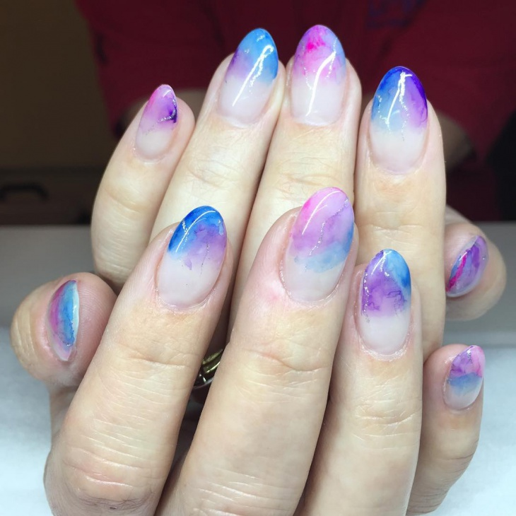 thermo chromic watercolor nail design