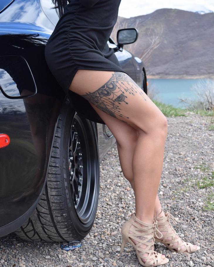 Awesome Garter Tattoo Idea