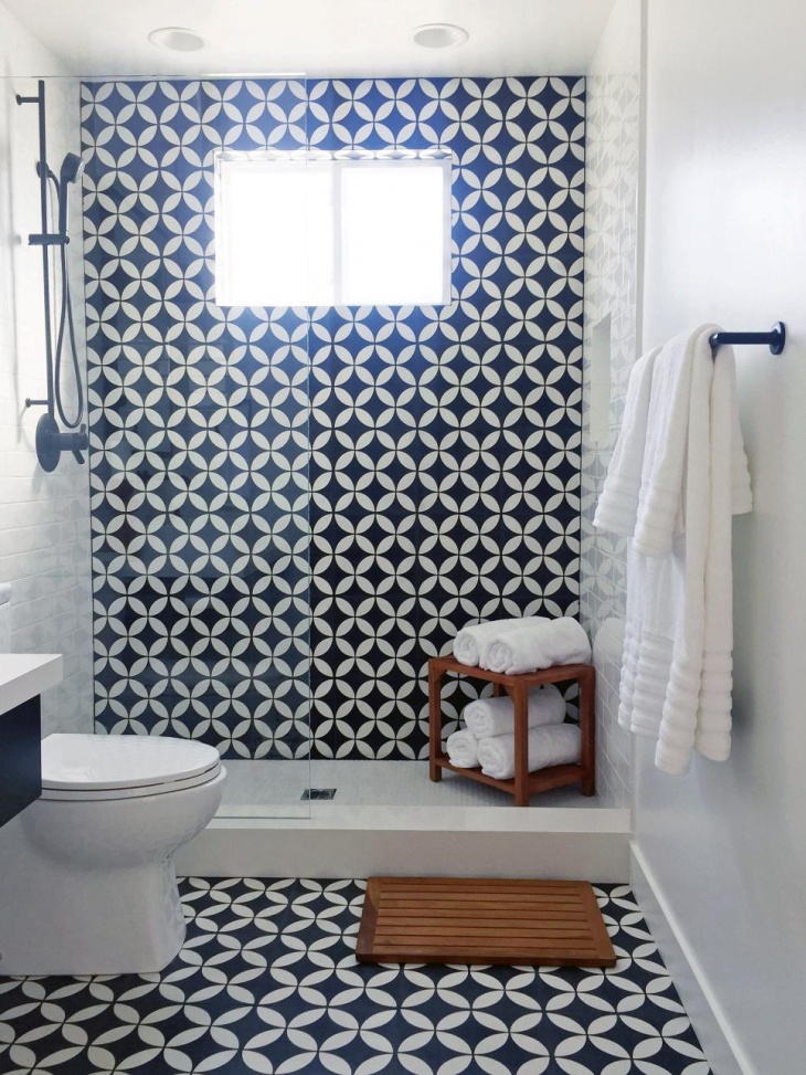 Patterned Wall Tile Bathroom
