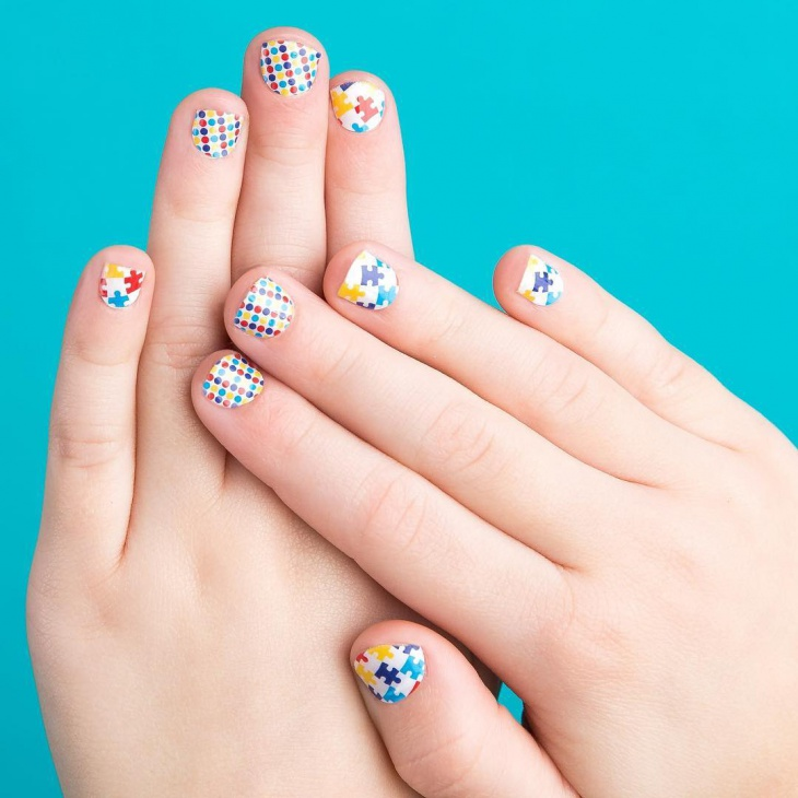 polka dotted nail art for short nails