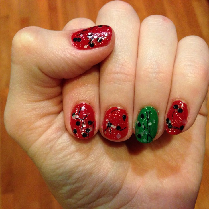 beautiful red christmas nail design