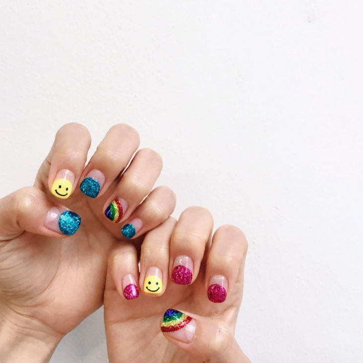 Colorful Rainbow Nail Art