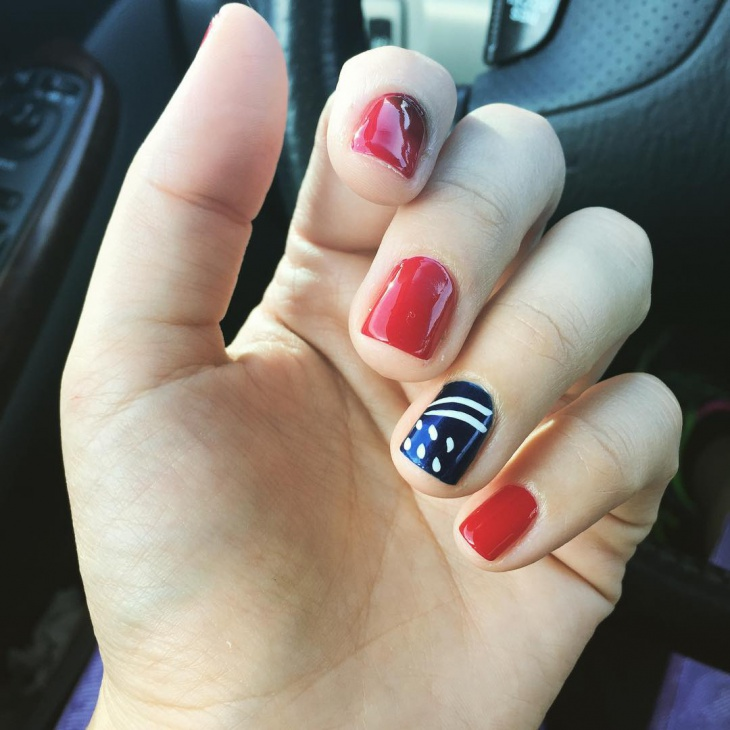 gorgeous red and blue nail art