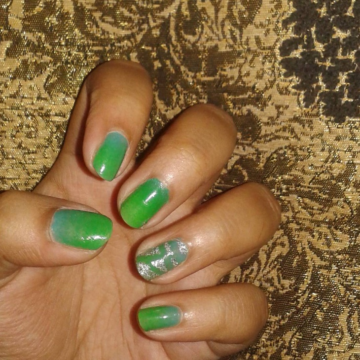 light green omber nail art