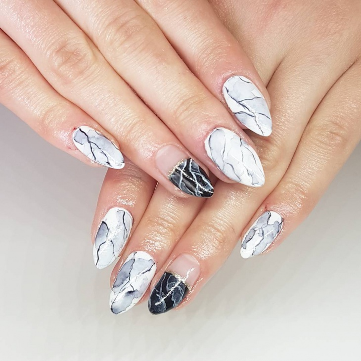 21+ Hand Painted Nail Art Designs, Ideas