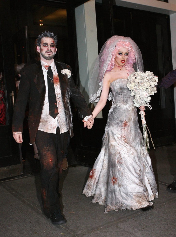 christina aguilera halloween bride makeup