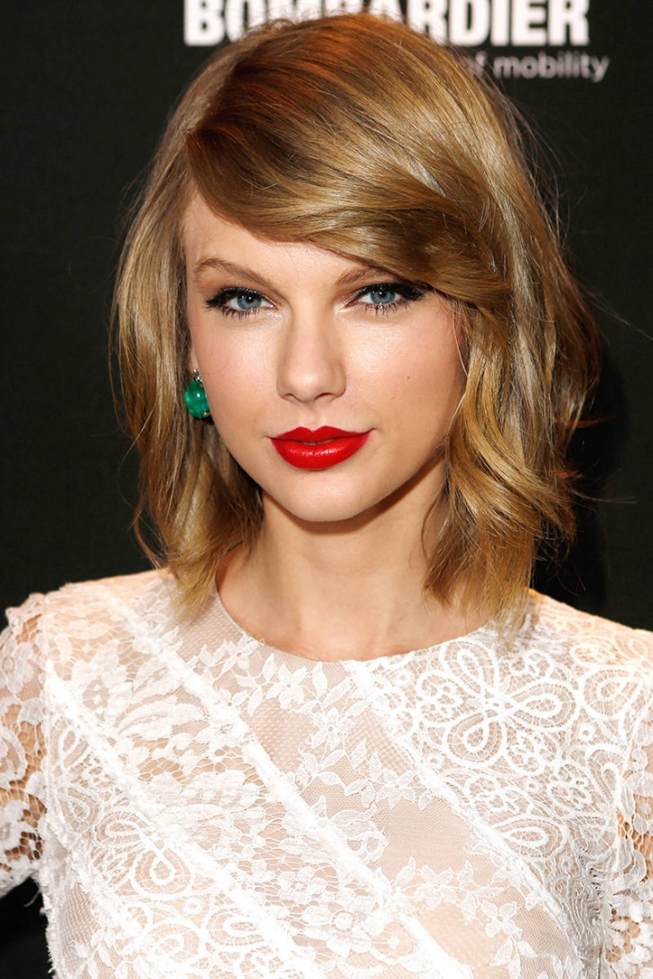 Taylor Swift A Line Long Bob Haircut