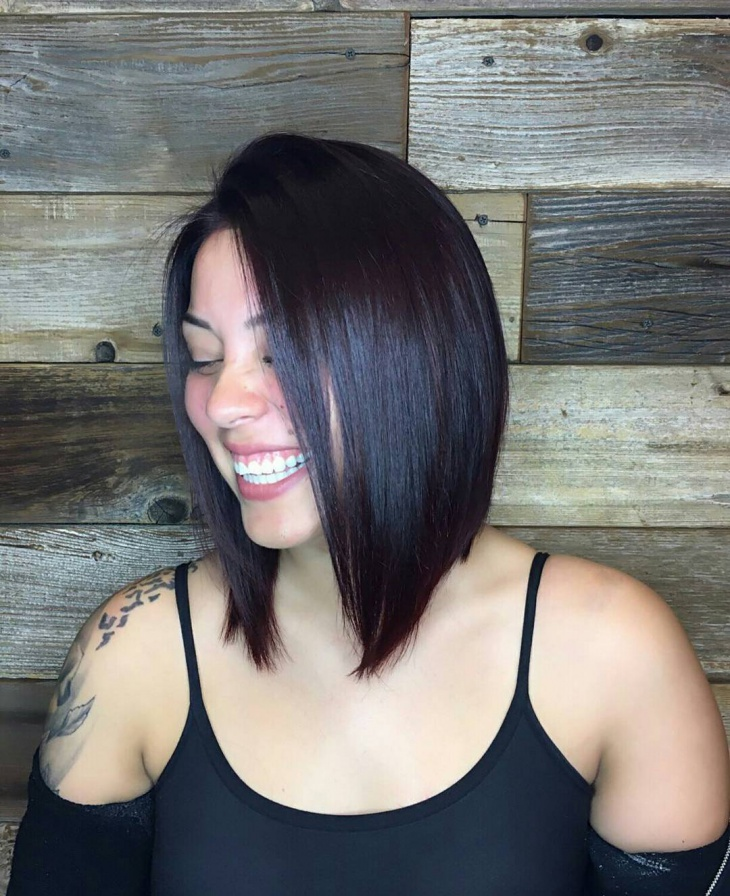 Sleek and Smooth Bob Hairstyle for Women