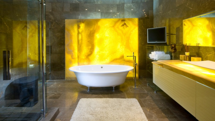 Gold Wall Trendy Bathroom