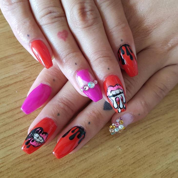 funky retro nail design