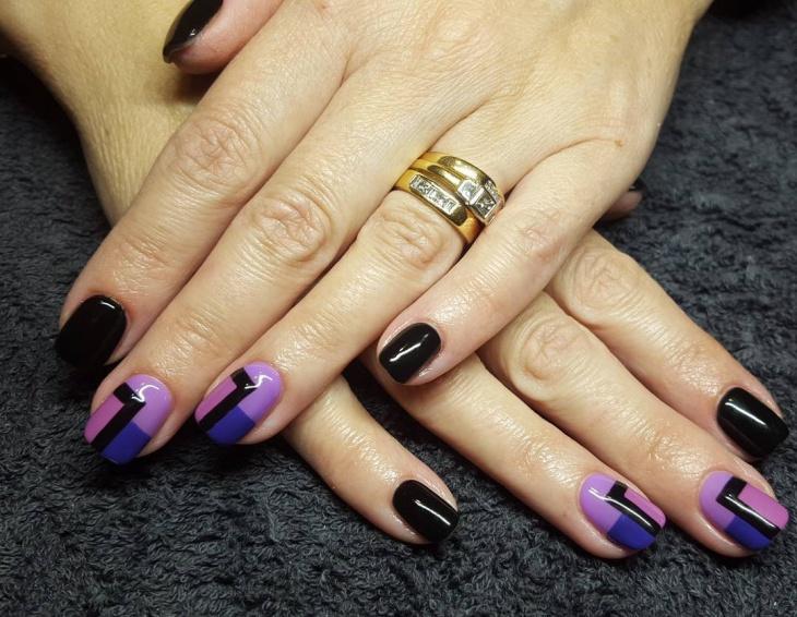 Fabulous Round Nail Design