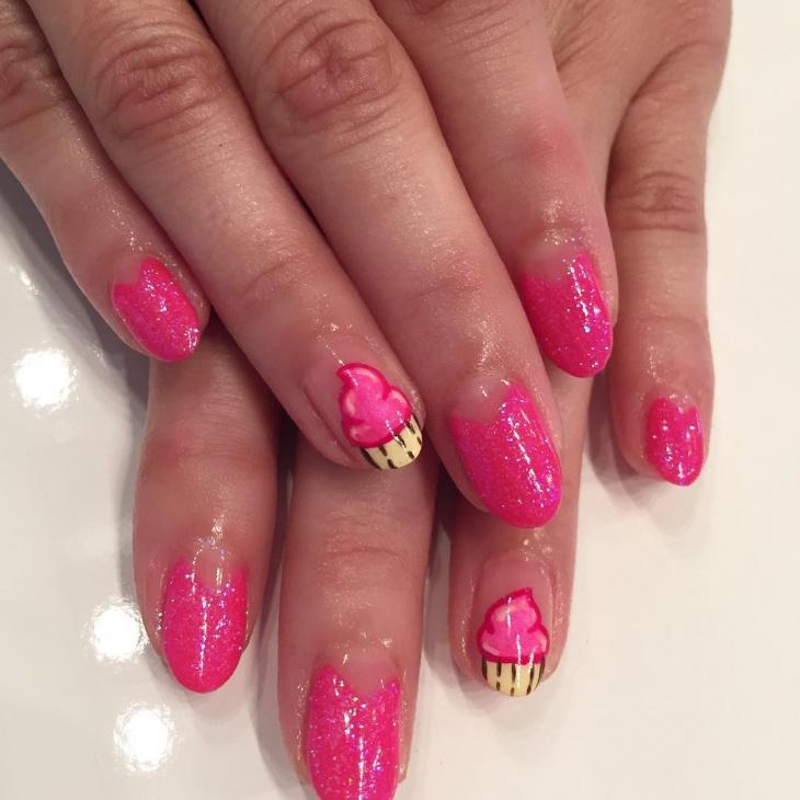 Pretty Pink Glitter Nail Design