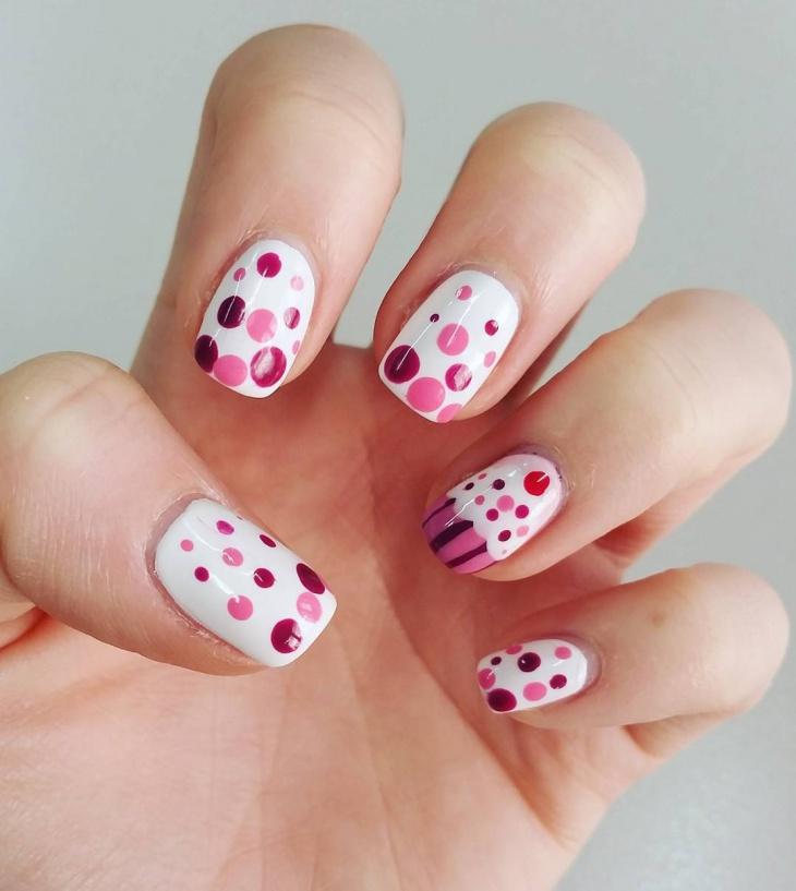 Cupcake Nail Art for Round Nails
