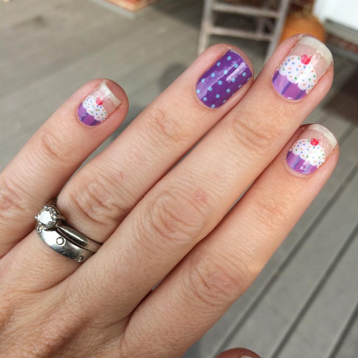 Cupcake Manicure Nail Design