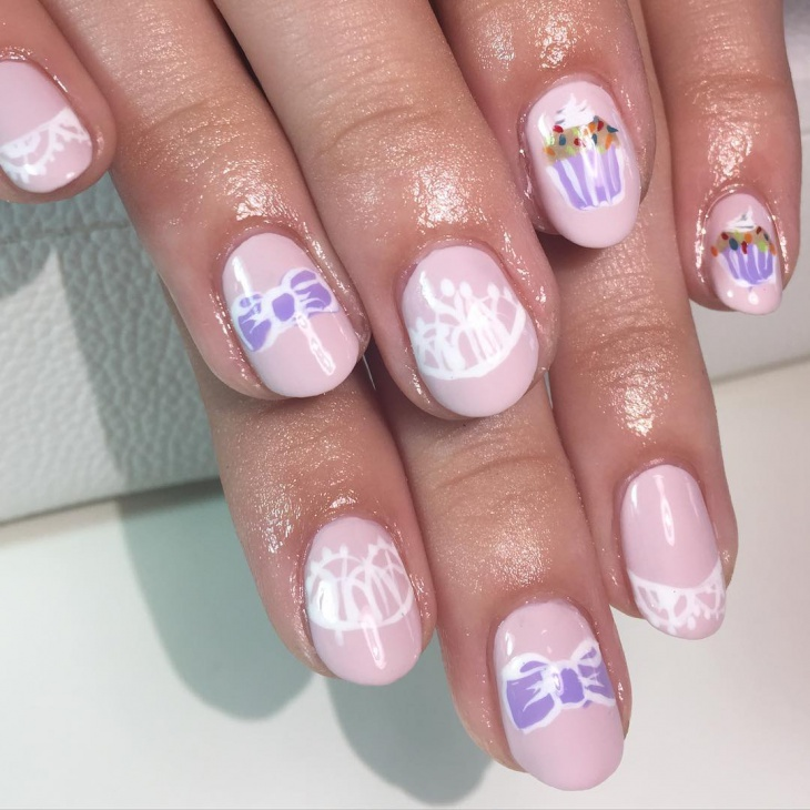 cute bow nail art idea