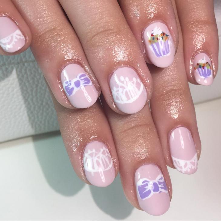 Cute Bow Nail Art Idea