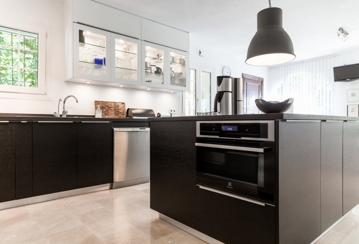 Black and White Nordic Kitchen