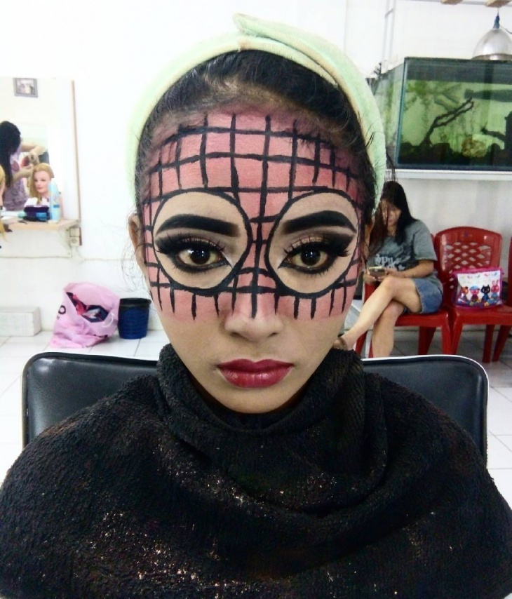 Fantasy Pink Makeup