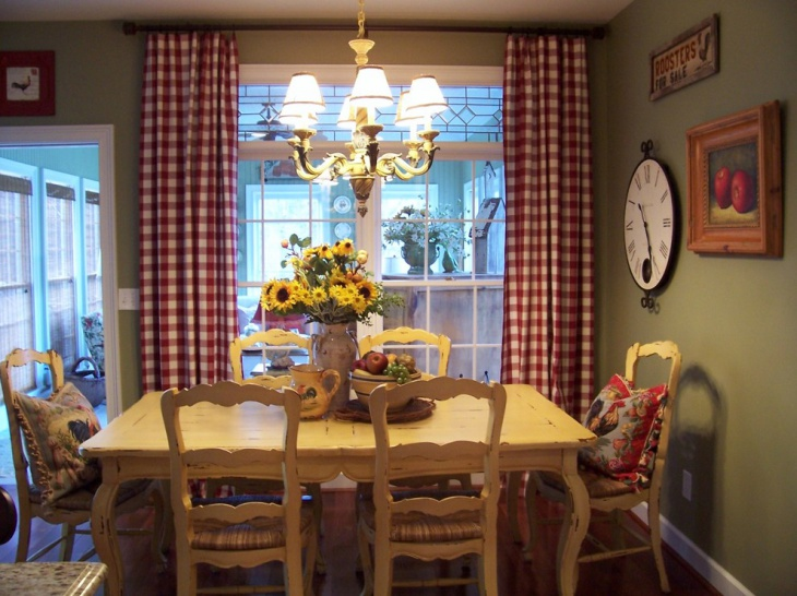 Small Farmhouse Dining Room