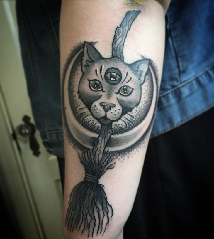 dot work cat tattoo
