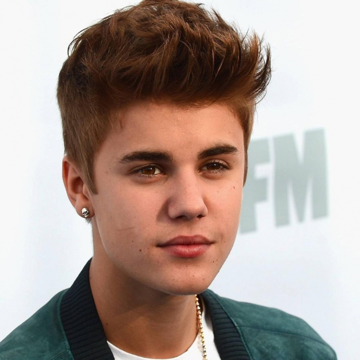 Justin Bieber Hairstyle for Thick Hair