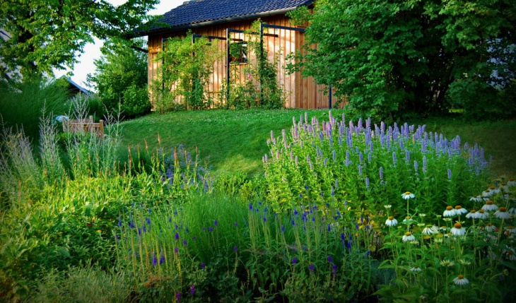 beautiful garden design idea