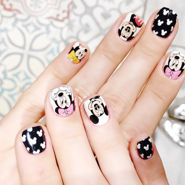 Micky Nail Art for Short Nails