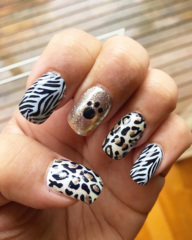 beautiful jungle nail design idea