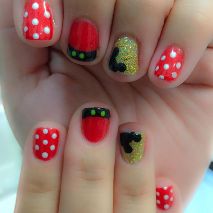 Glitter and Dotted Nail Art