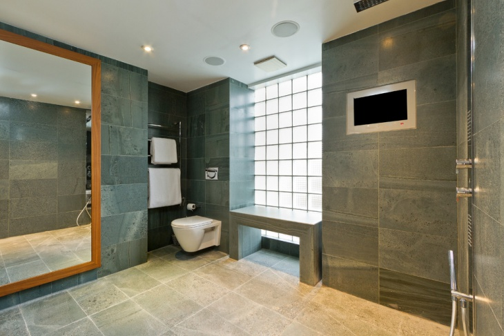 contemporary bathroom with ceiling