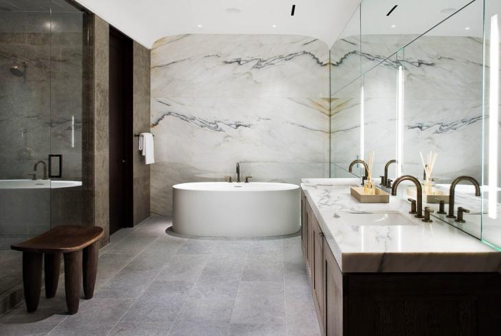 Gorgeous Bathroom with Marble Floor