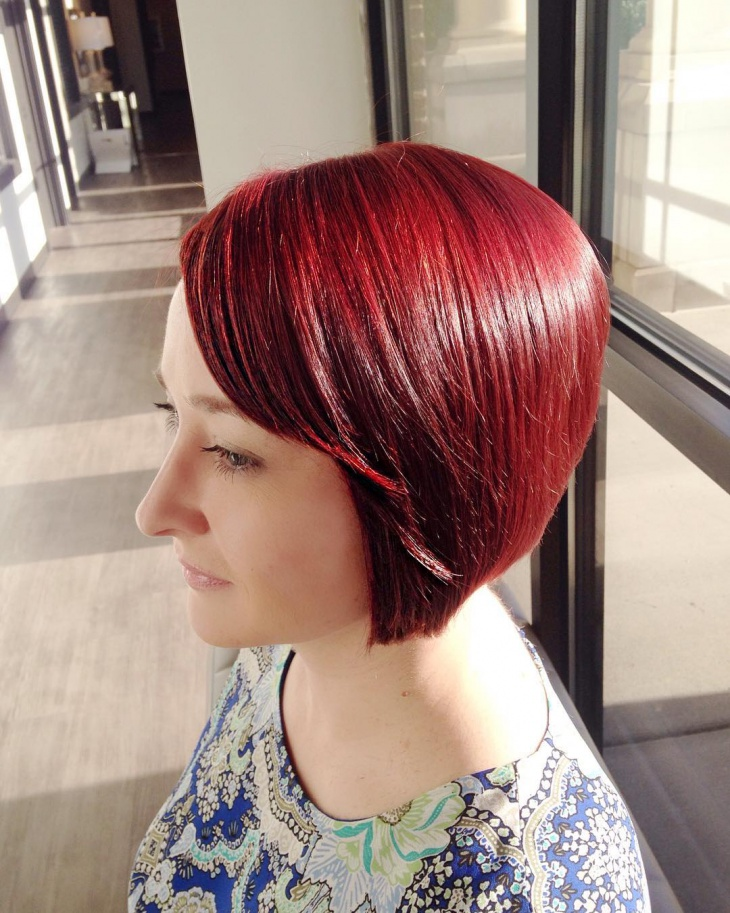 Classy Short Hairstyle for Fine Hair