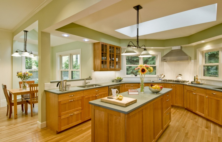 Bright and Open Traditional Kitchen Design