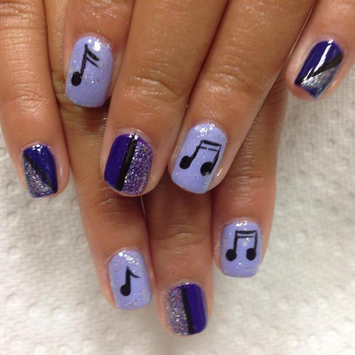 blue music note nail design