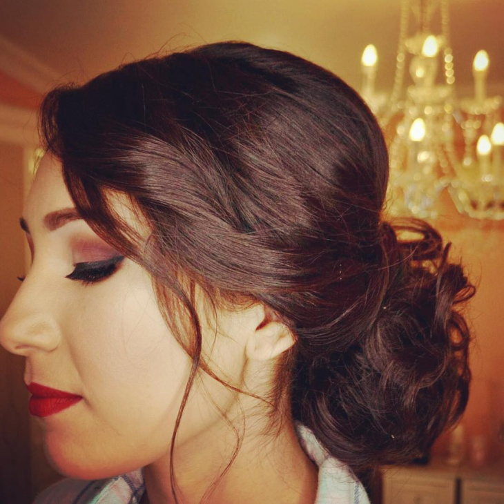 vintage messy updo hairstyle