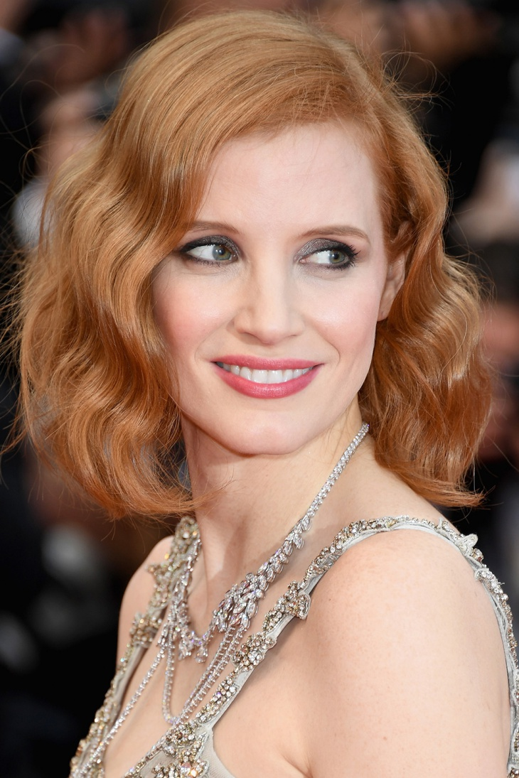 jessica chastain asymmetric hairstyle