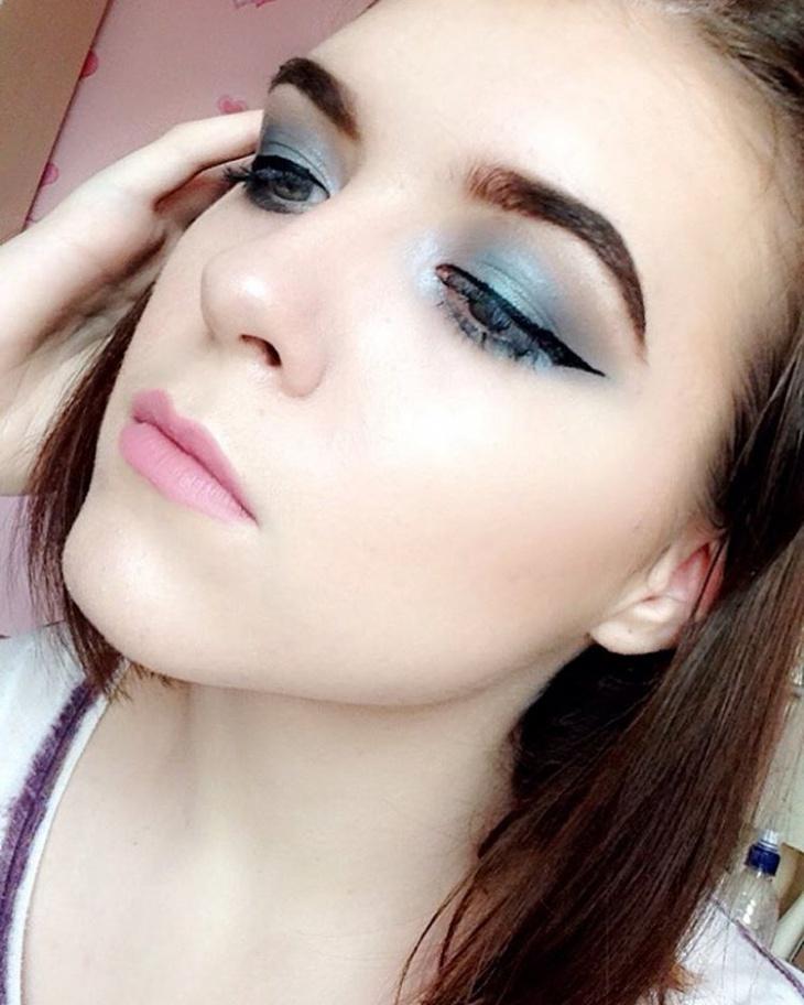 Pale Blue Eyeshadow