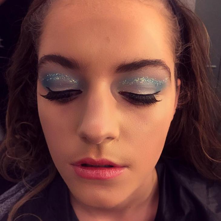 Blue Glitter Makeup Idea