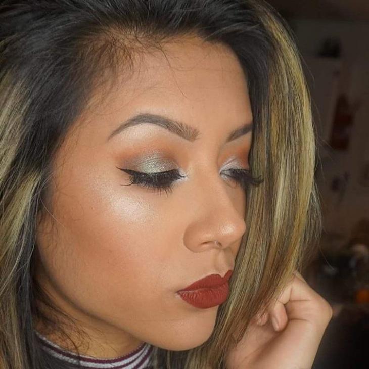 silver shimmer eye makeup