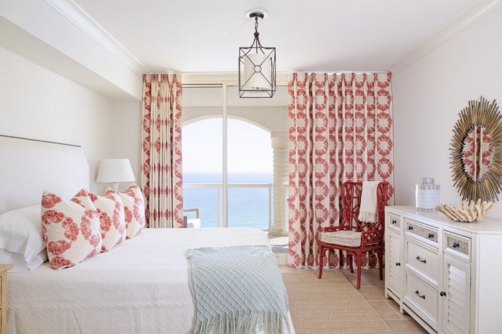 Red and White Bedroom Curtains Idea