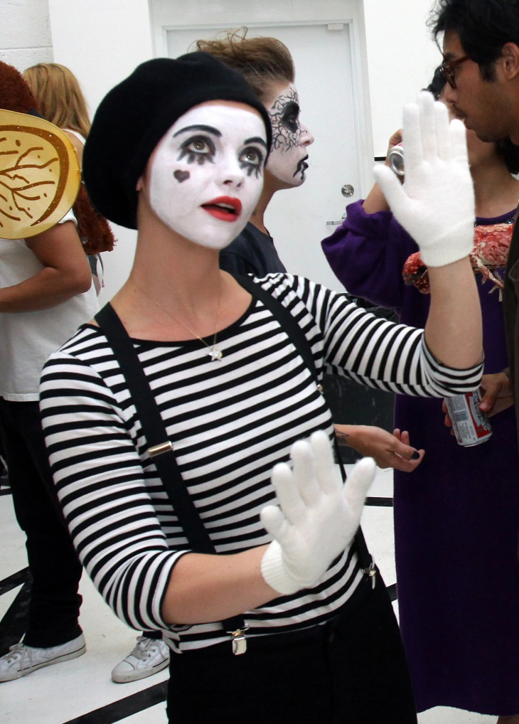 Christina Ricci with Cute Mime Makeup