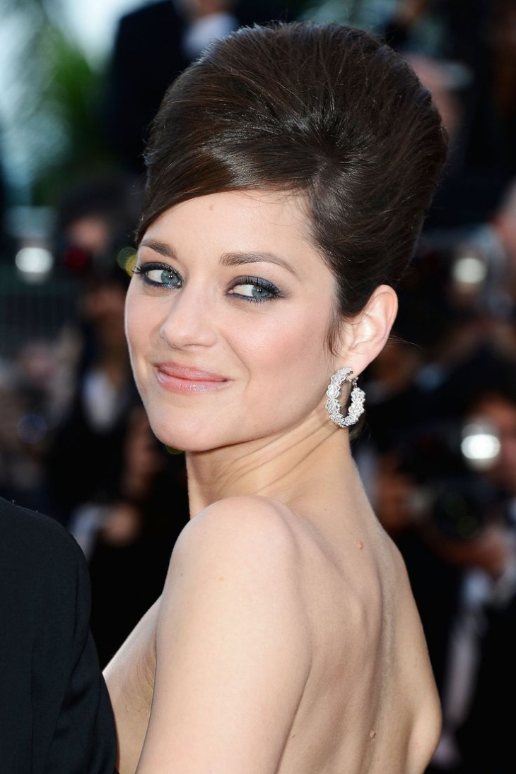 marion cotillard with vintage hairstyle