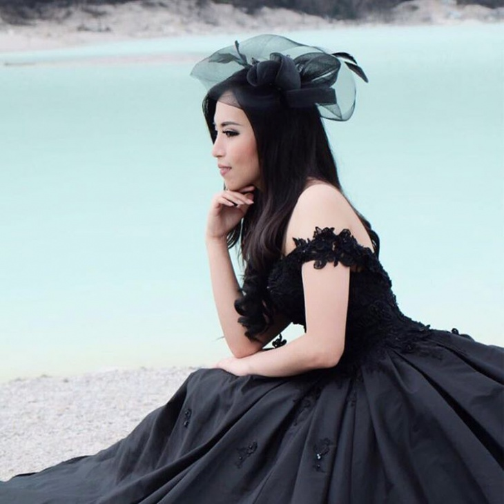 Black Gown Design