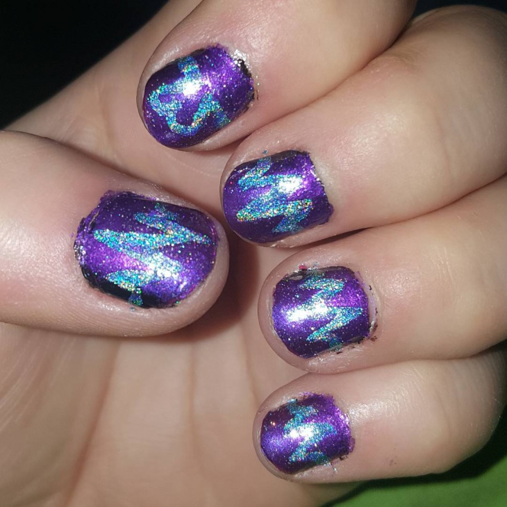Glitter Acrylic Heart Nails