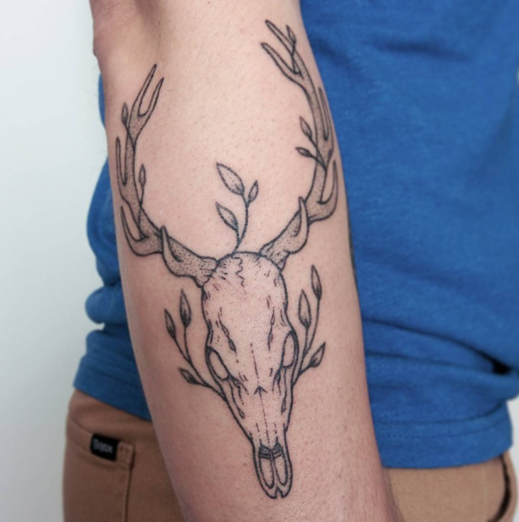 antler with skull tattoo idea