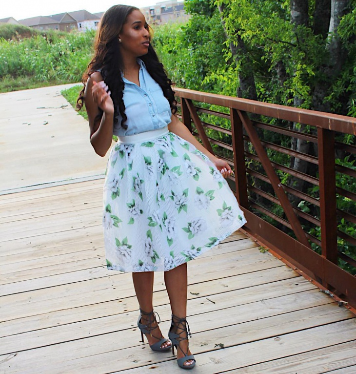 Simple Green Skirt Floral Design