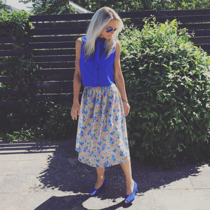 Blue Floral Pattern Skirt