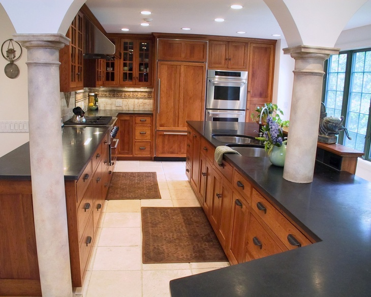 Black and Brown Kitchen Idea