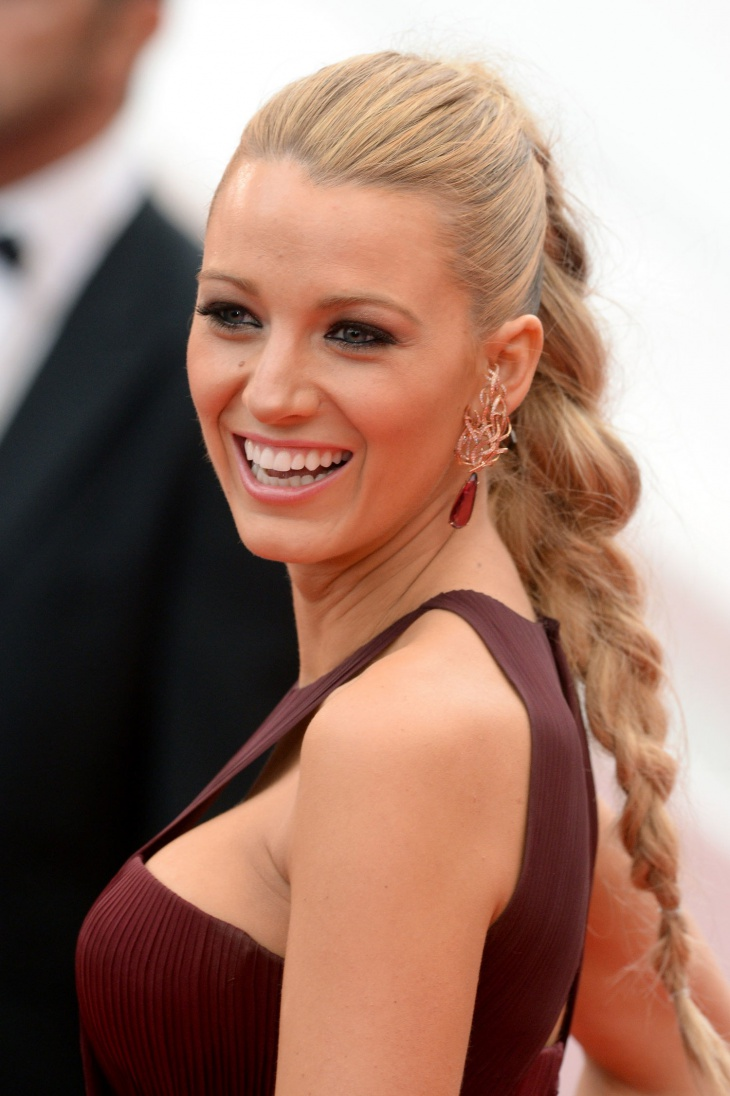 Blake-Lively's-Braided-Ponytail.jpg (730×1096)