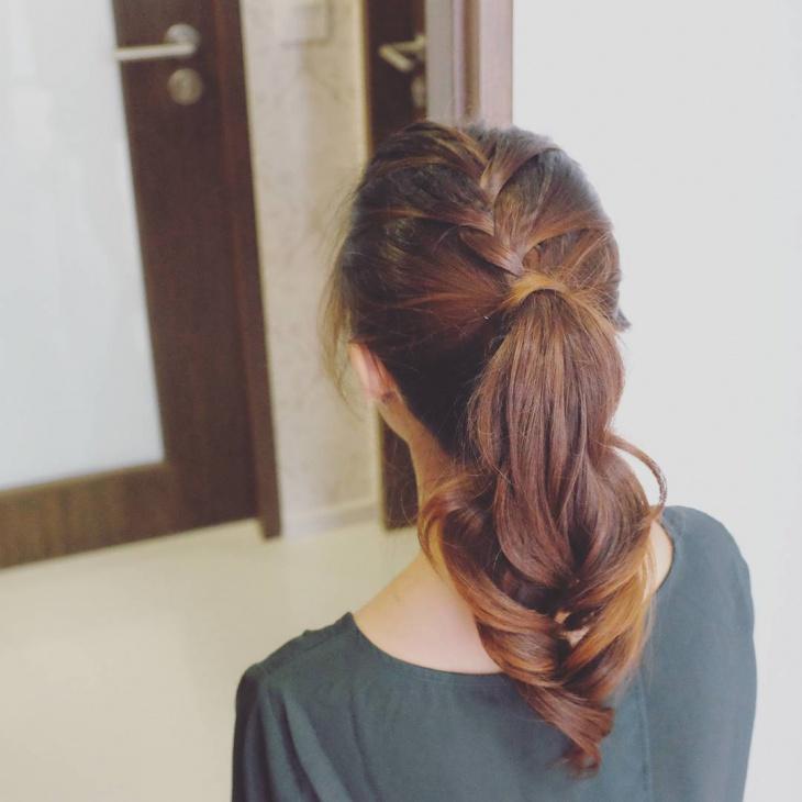 lovely ponytail for teen girls